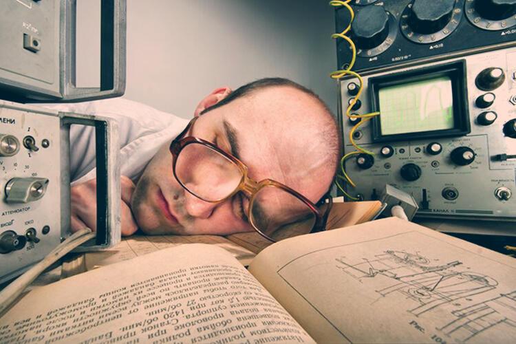 Esercizi per la memoria: sonno ed esercizio fisico per migliorare la memoria