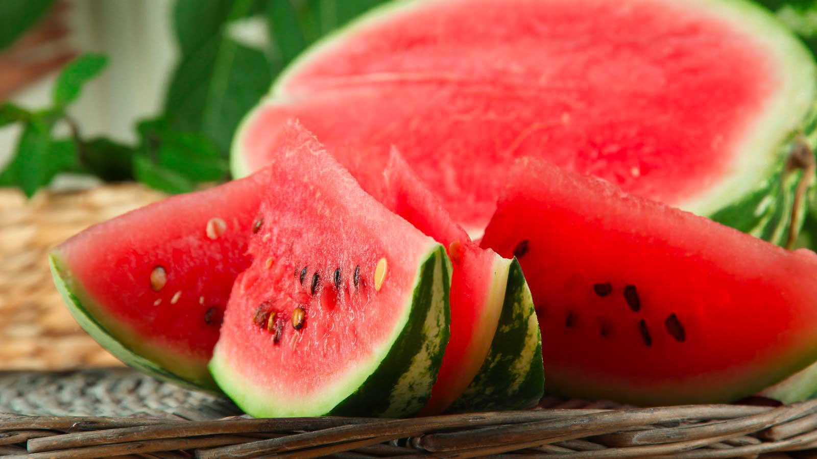 Conosciamo i benefici dell'anguria
