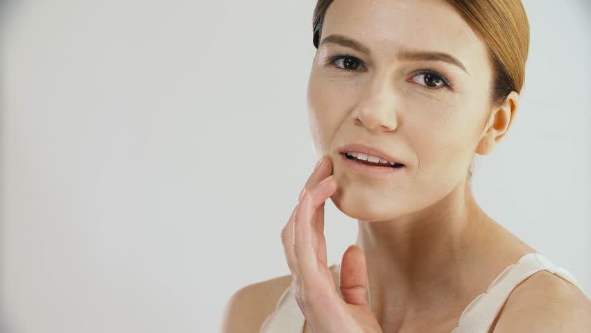 viso pallido cause - colore del viso - diagnosi del corpo