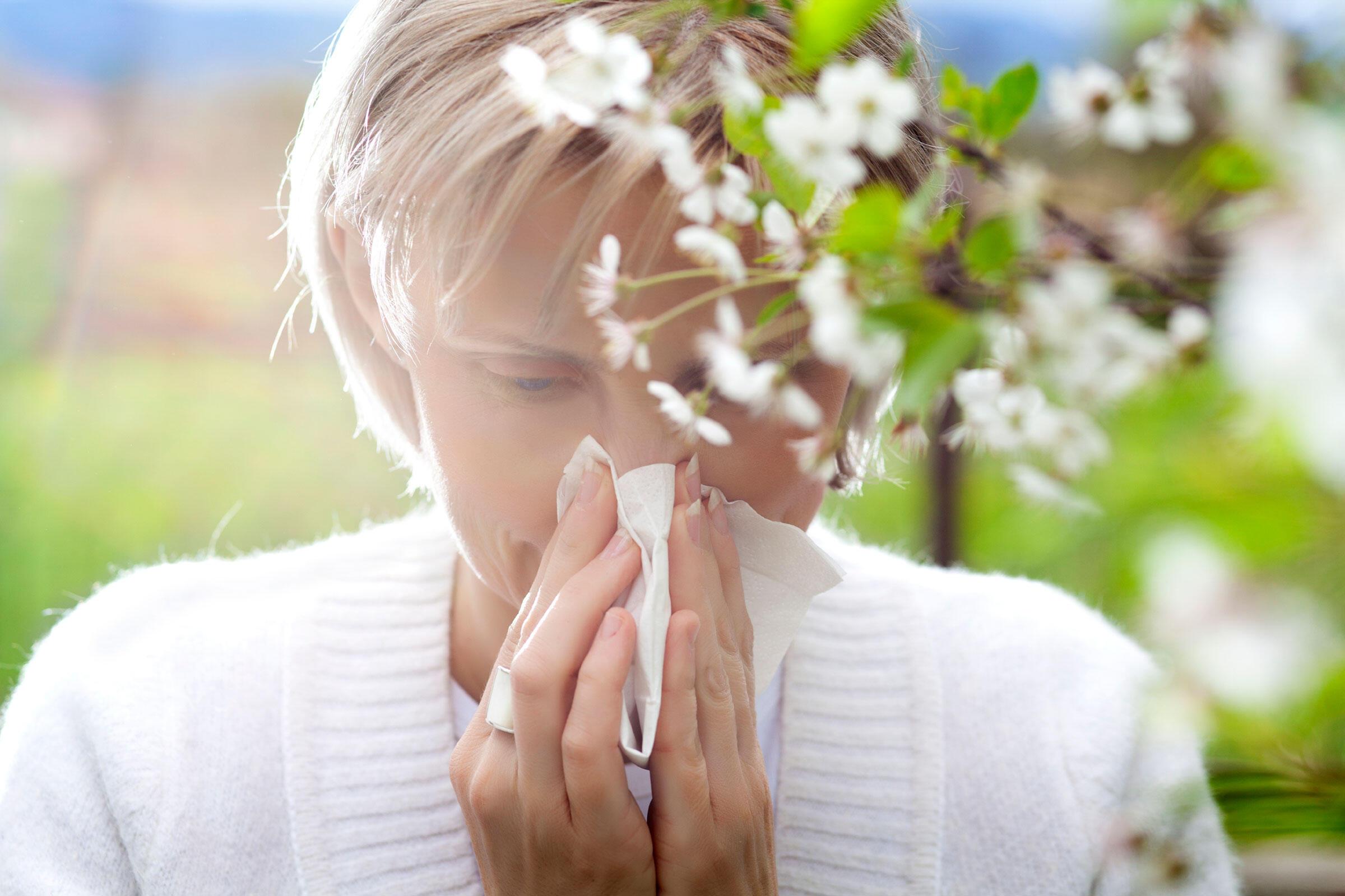 come gestire le allergie primaverili e le allergie stagionali?