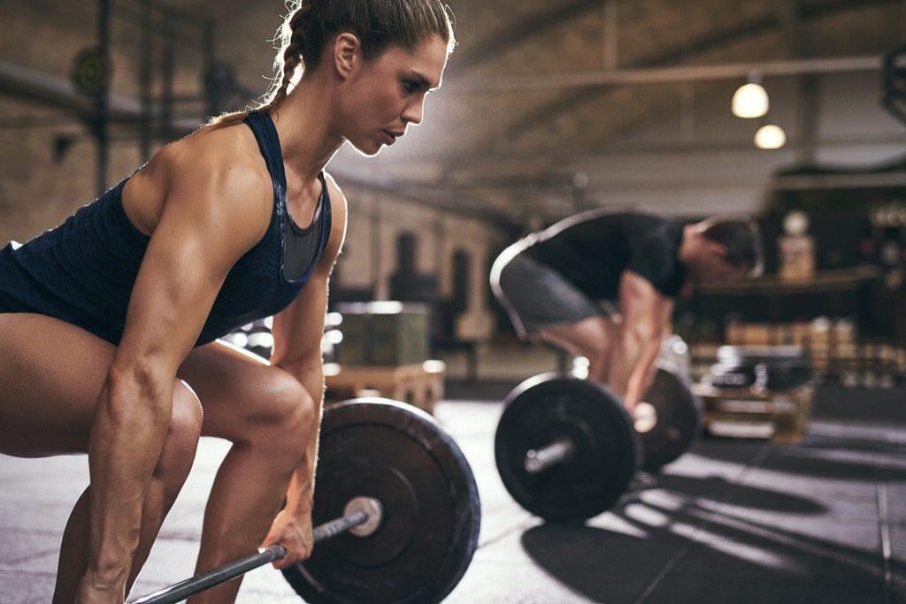allenamento forza fisica: stacchi